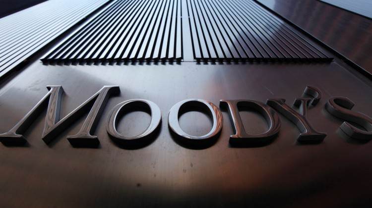 Moody's yine sahnede